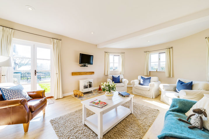 Granary living room | Birchill Farm Cottages | Devon