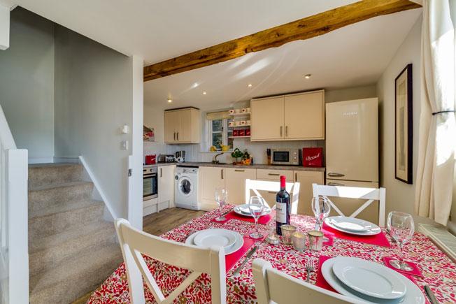 Bramble kitchen | Birchill Farm Cottages | Devon