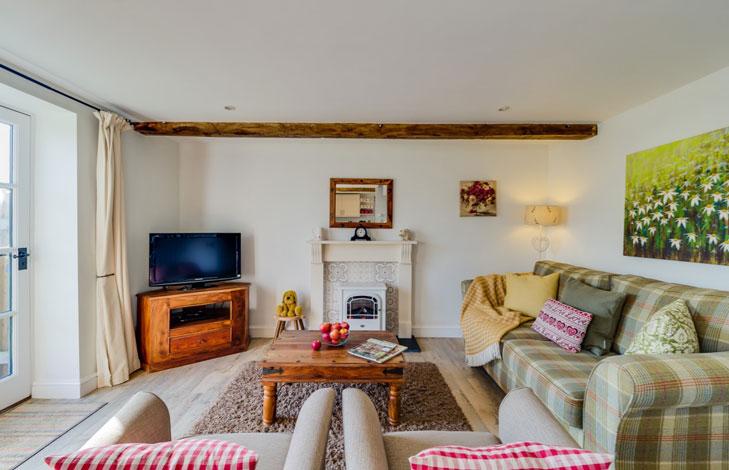 Bramble living room | Birchill Farm Cottages | Devon