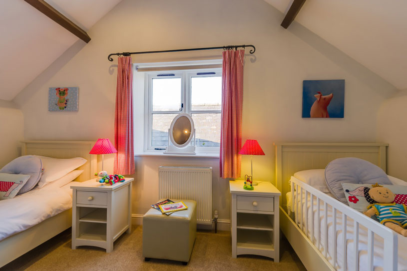 Bramble twin room | Birchill Farm Cottages | Devon