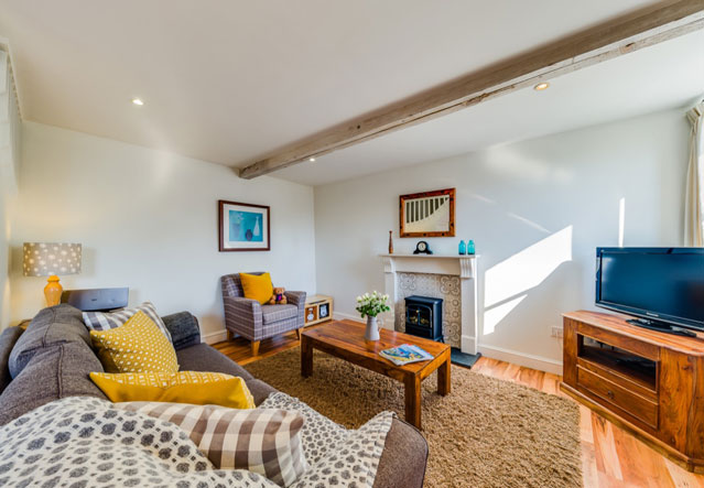 Oak Apple living room | Birchill Farm Cottages | Devon
