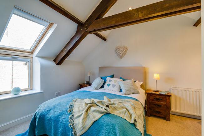 Oak Apple bedroom | Birchill Farm Cottages | Devon